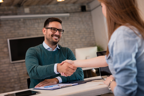 Wat is de wettelijke bewaartermijn van het personeelsdossier na ontslag? Hoe lang moet ik het personeelsdossier bewaren?